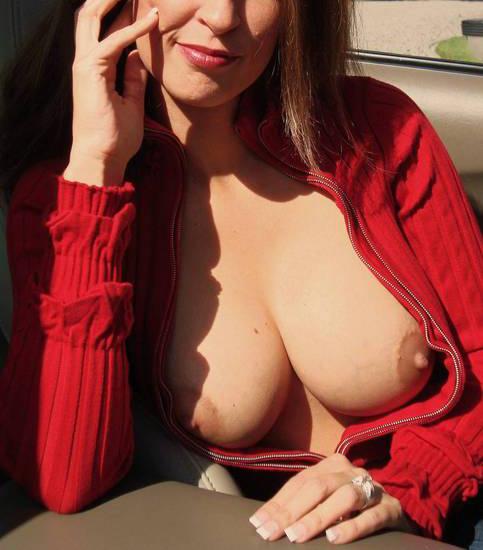 Femme cougar de 45 ans recherche jeune mâle amateur