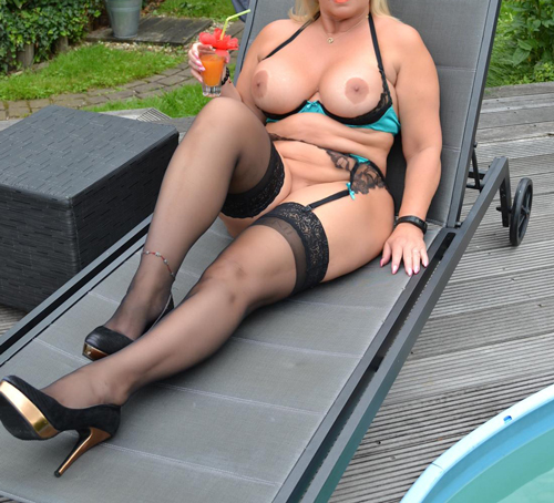 Femme mariée cougar Poitiers cherche du sexe